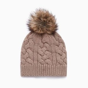 Wilfred Wool Toque with Pom Pom